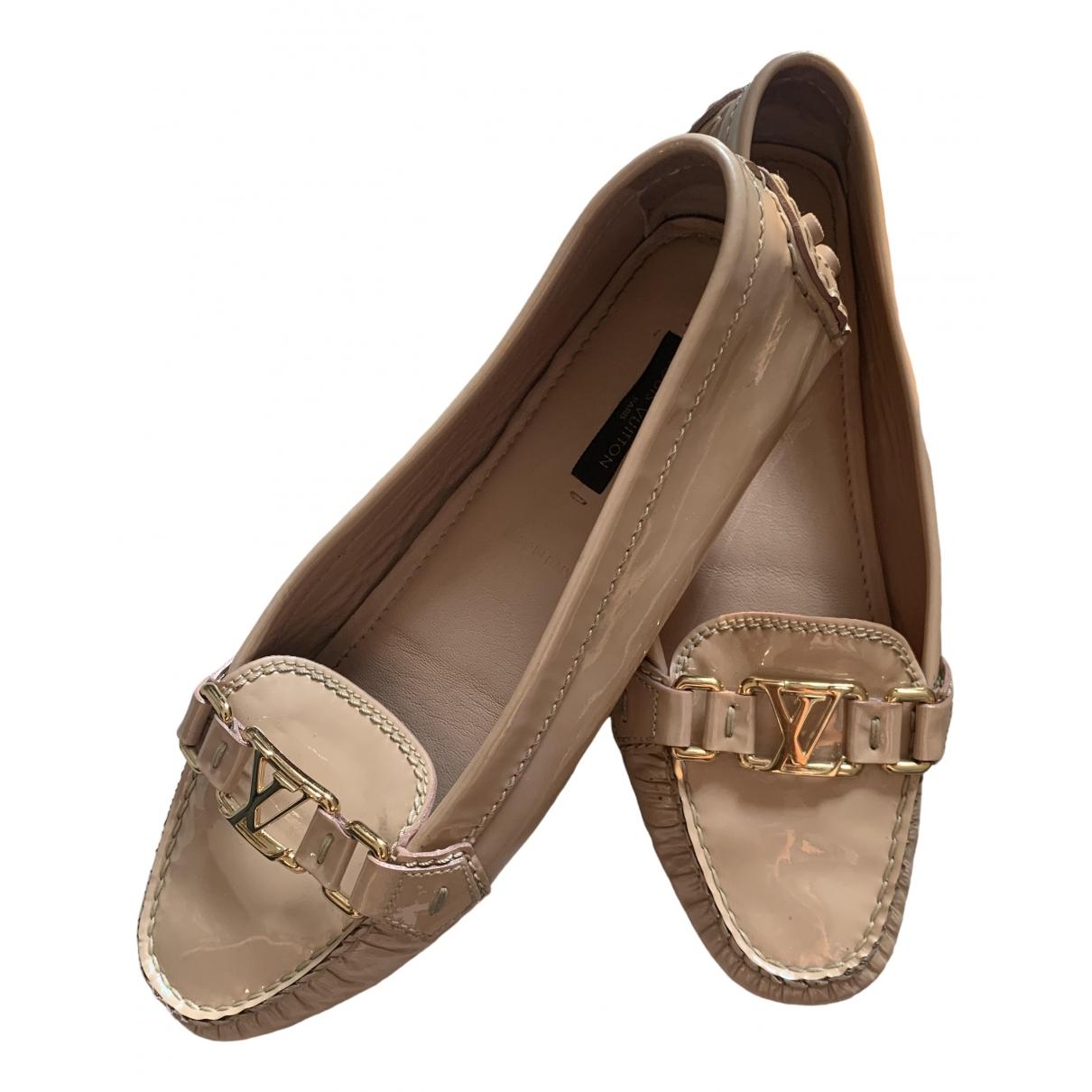 Louis Vuitton \N Espadrilles in  Beige Leder