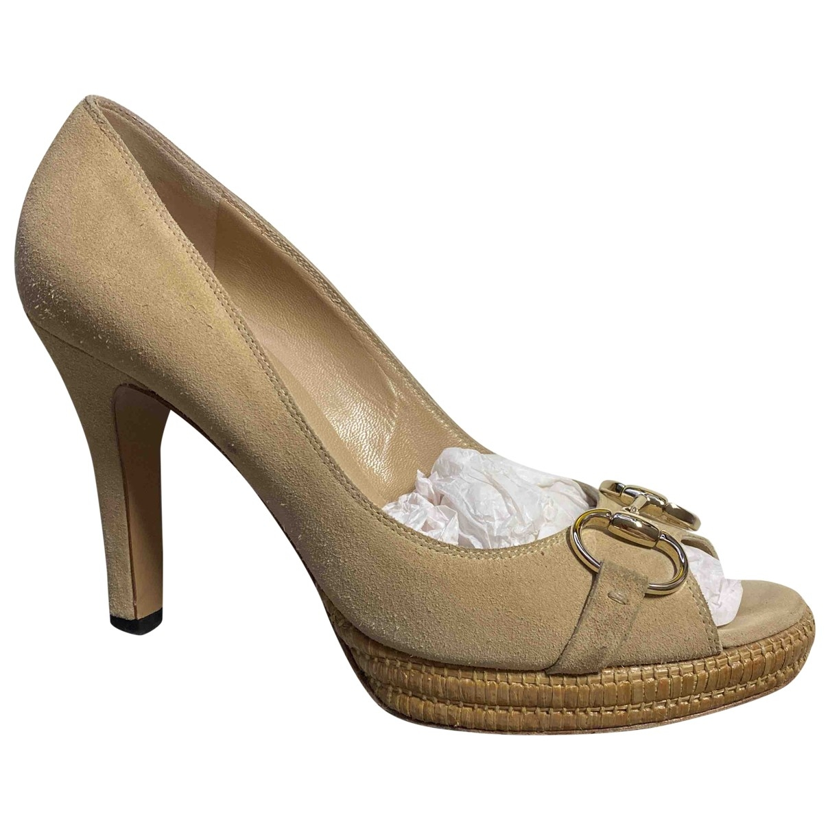 Gucci \N Pumps in  Beige Veloursleder