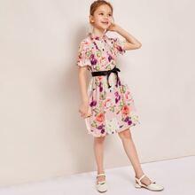 Vestido de niñas con fruncido con estampado floral ribete fruncido con cinturon