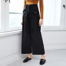 Einfarbige Hose mit Taschen und breitem Beinschnitt