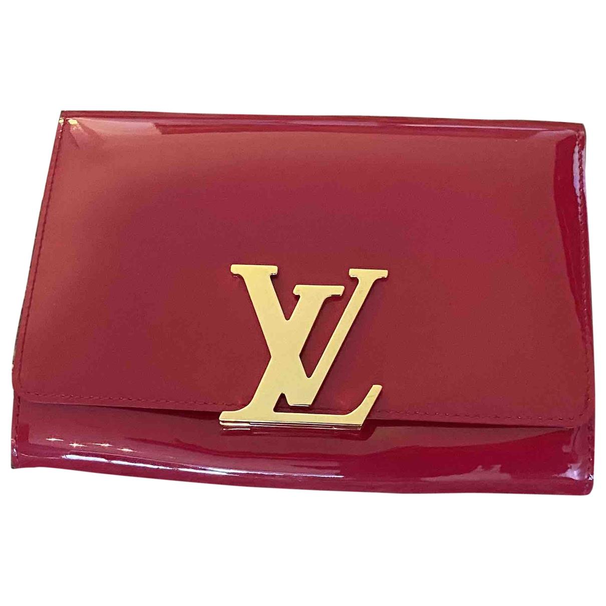 Louis Vuitton Louise Clutch in Lackleder