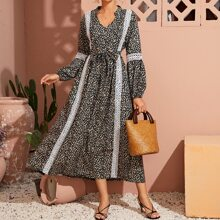 Ditsy Floral Contrast Guipure Lace Belted A-line Dress