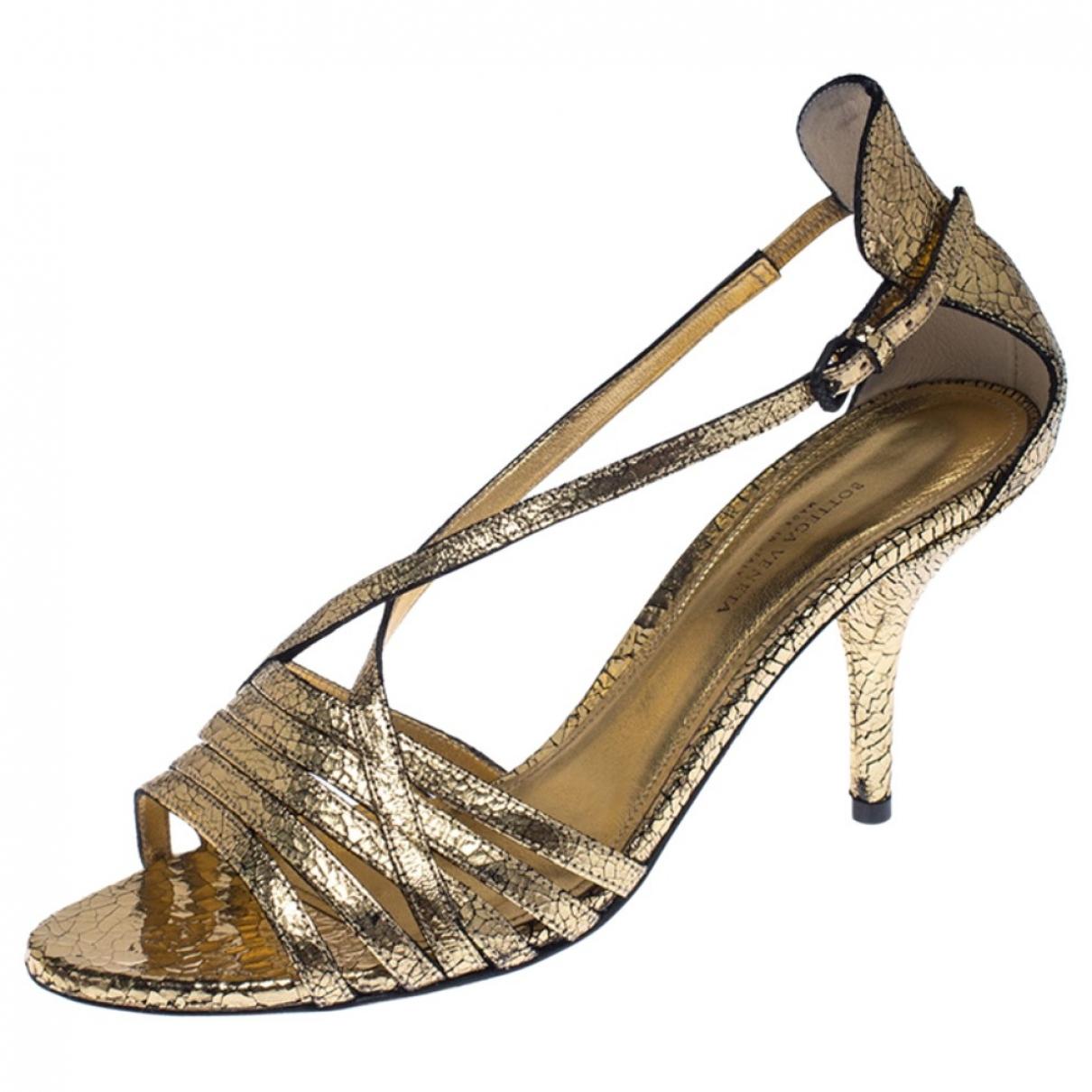 Bottega Veneta \N Gold Leather Sandals for Women 39.5 EU