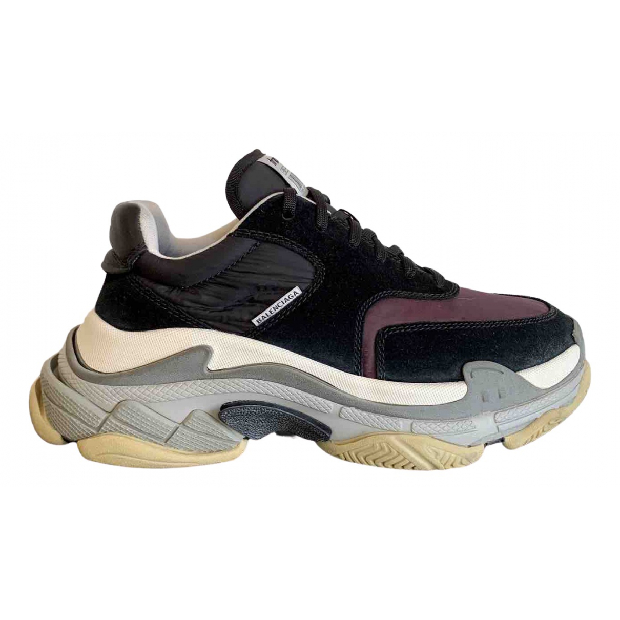 Balenciaga Triple S Sneakers in  Lila Leder