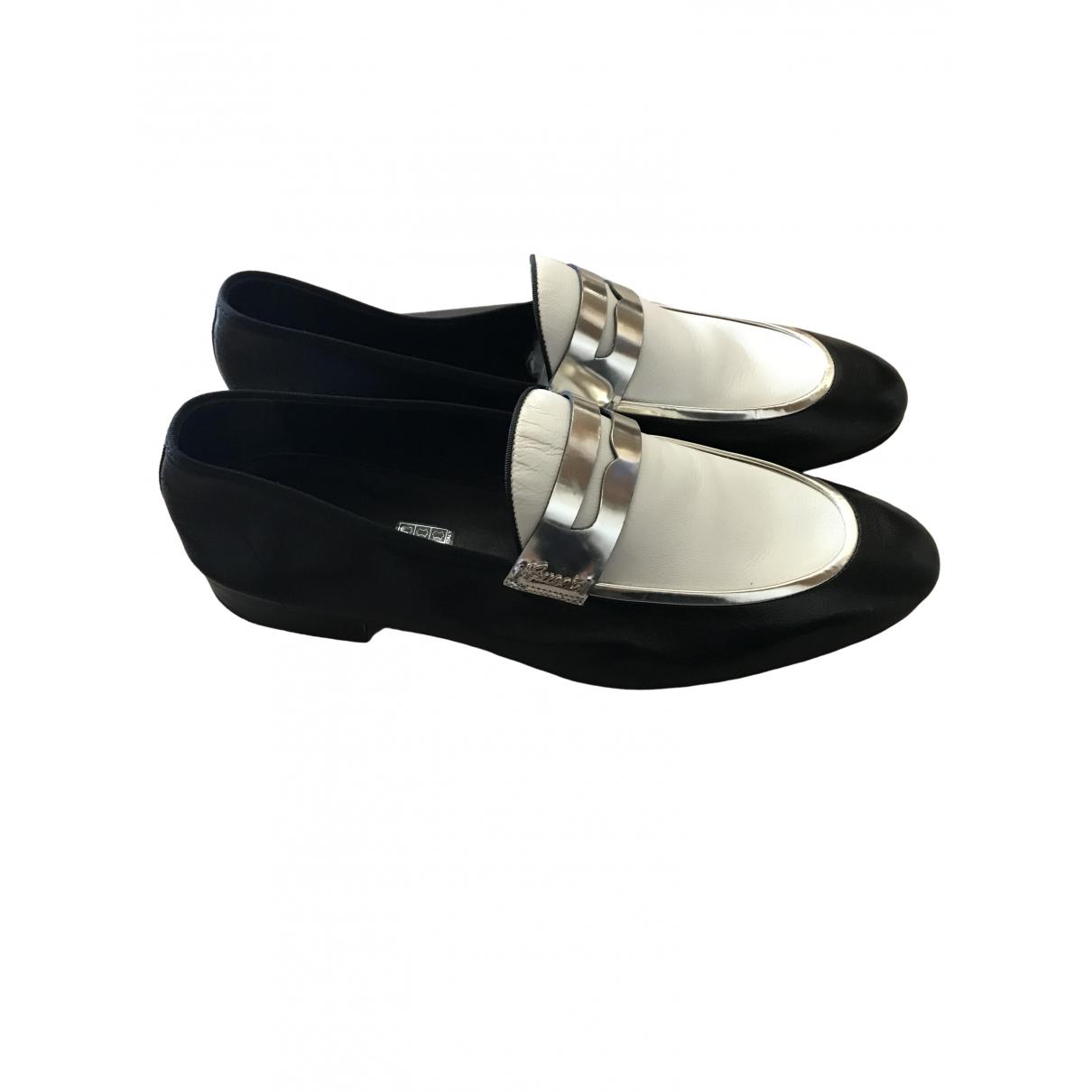 Gucci \N Black Leather Flats for Men 44 EU