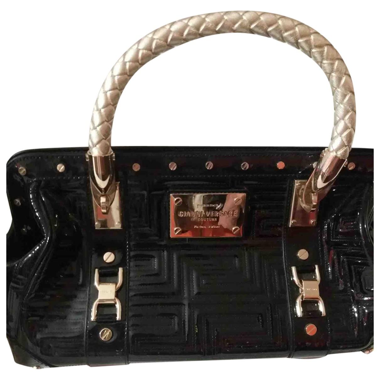 Versace \N Handtasche in  Schwarz Lackleder