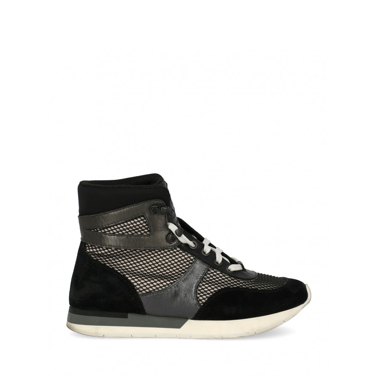 Bottega Veneta \N Sneakers in  Schwarz Leinen