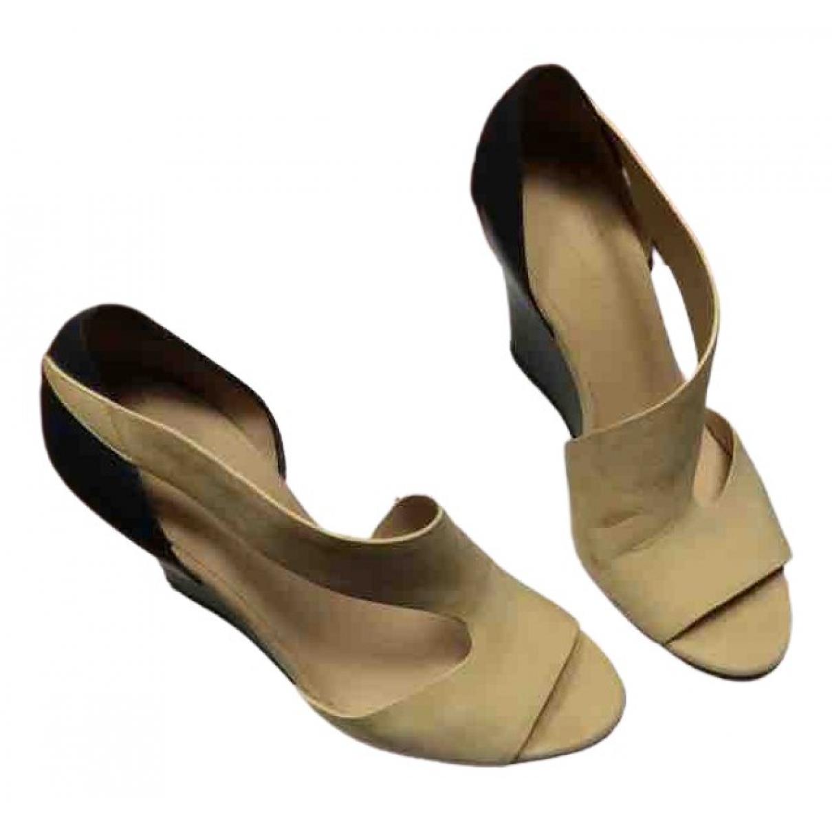 Balenciaga \N Yellow Suede Sandals for Women 39 EU