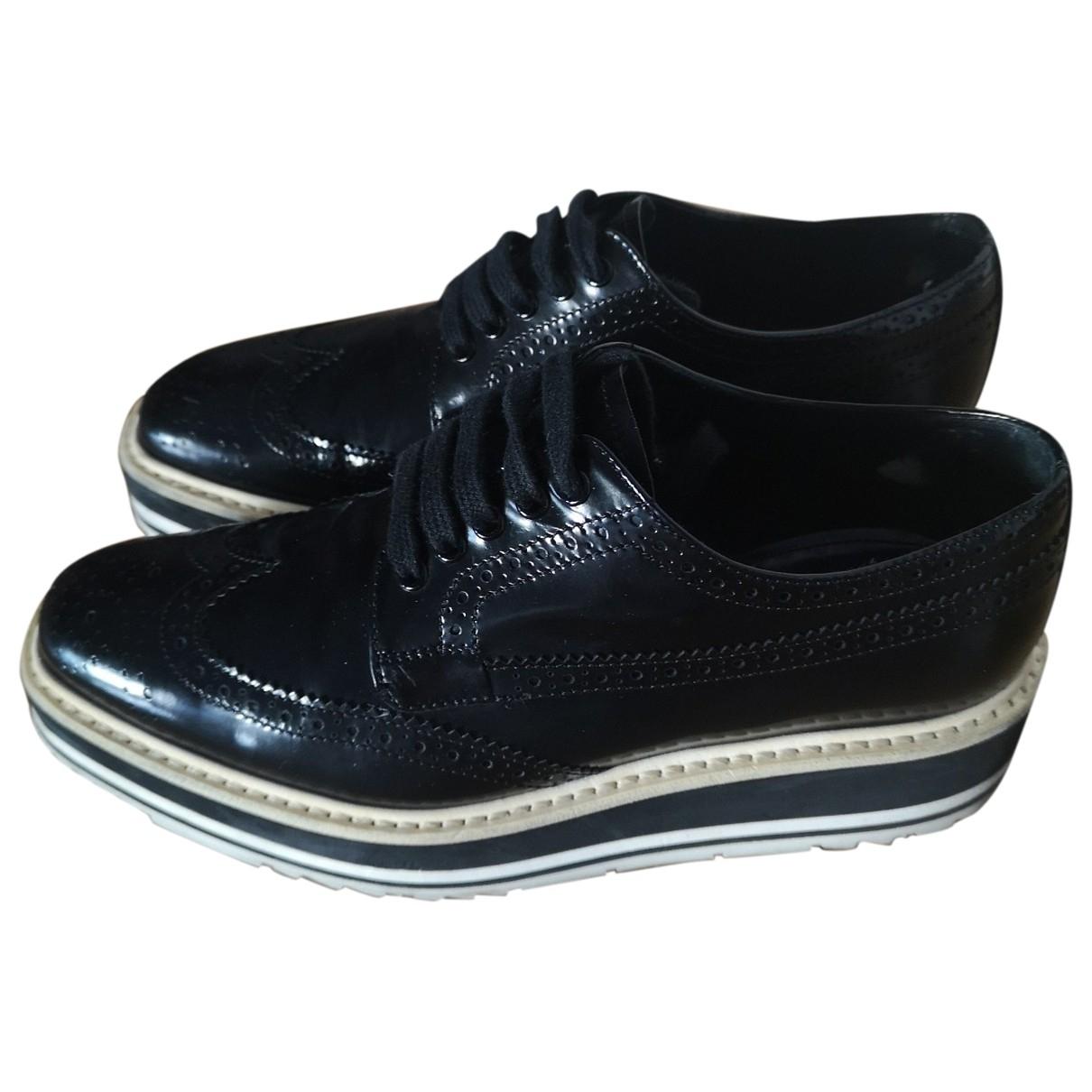 Prada \N Black Leather Lace ups for Women 35 EU