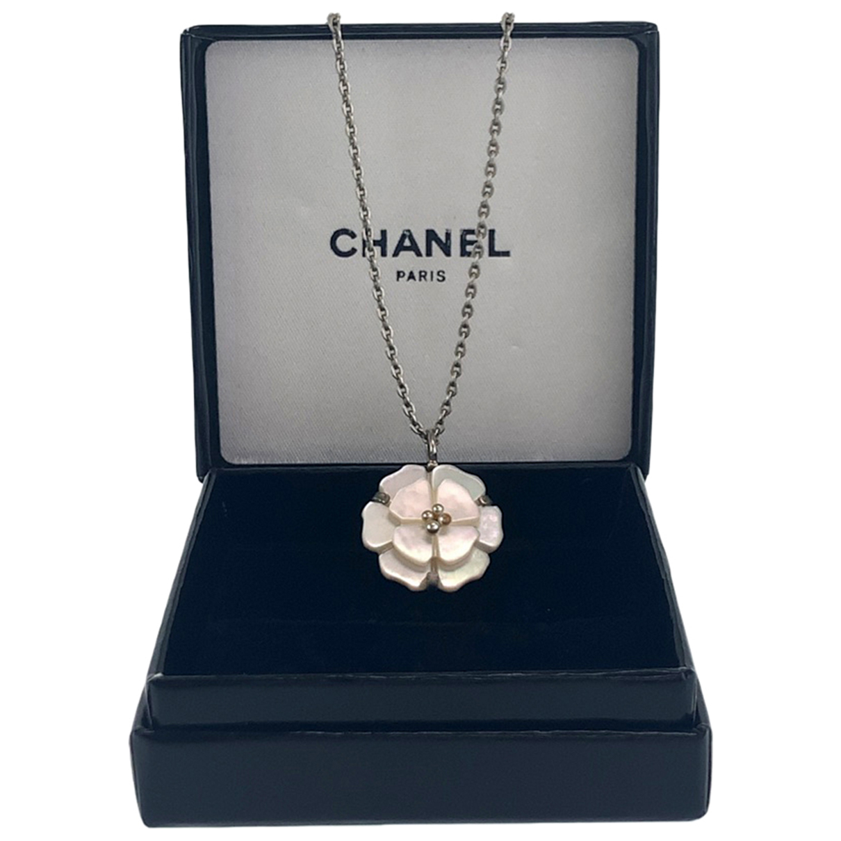 Collar Camelia Chanel