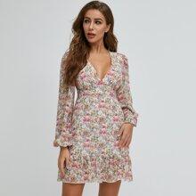 Kleid mit Lanternenaermeln, Raffungsaum und Blumen Muster