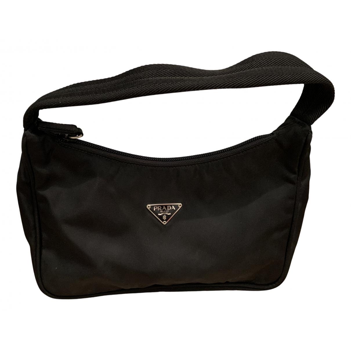 Prada Re-Nylon Handtasche in  Schwarz Leinen