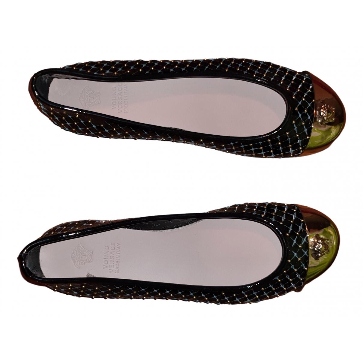 Versace \N Black Patent leather Ballet flats for Women 38 EU