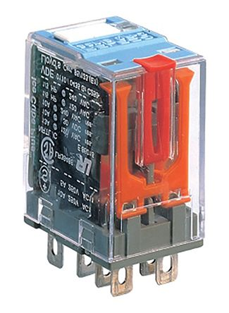 Turck , 24V dc Coil Non-Latching Relay DPDT, 10A Switching Current Plug In