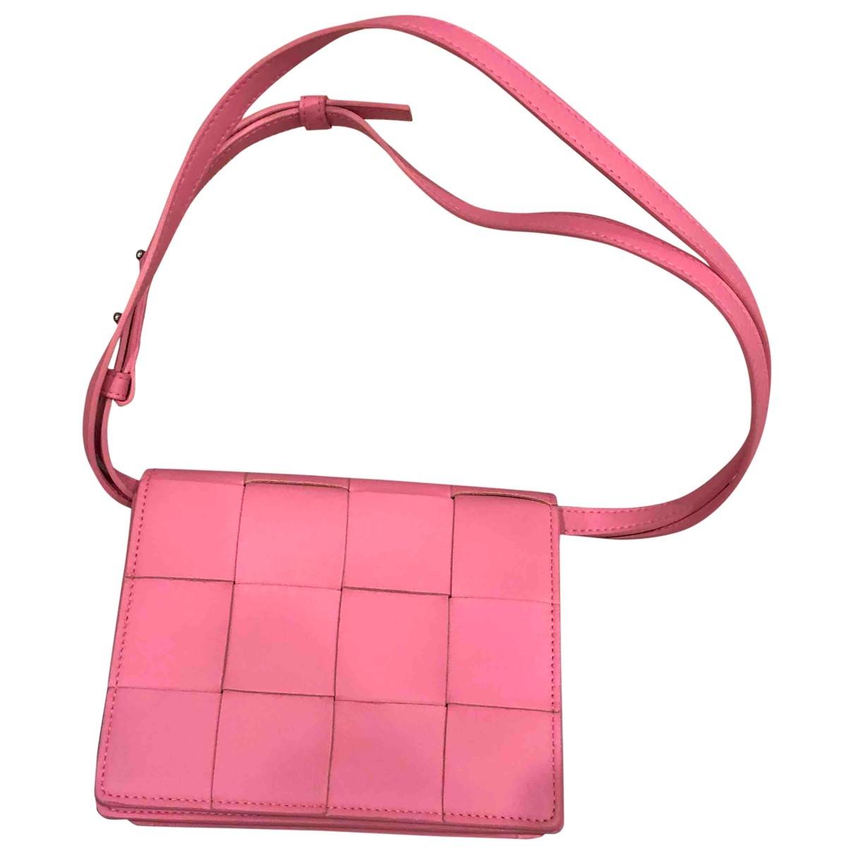 Bottega Veneta Cassette Pink Leather handbag for Women \N