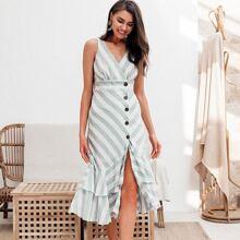 vestido cruzado bajo fruncido a capas con boton
