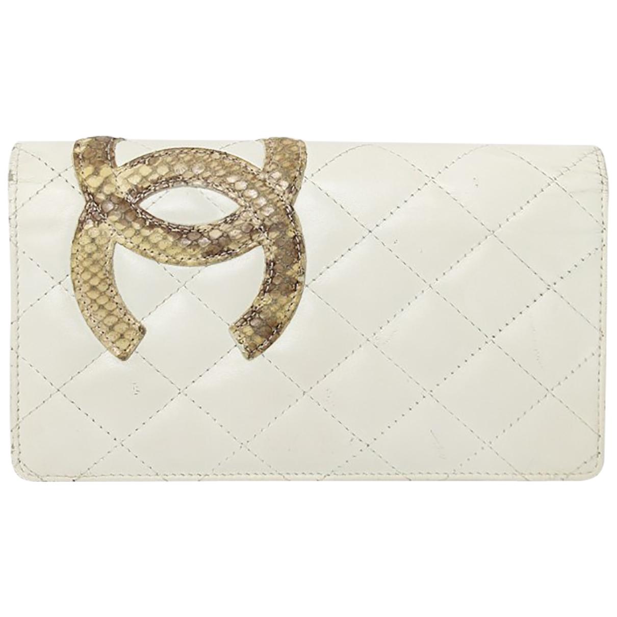 Chanel - Portefeuille Cambon pour femme en cuir - blanc
