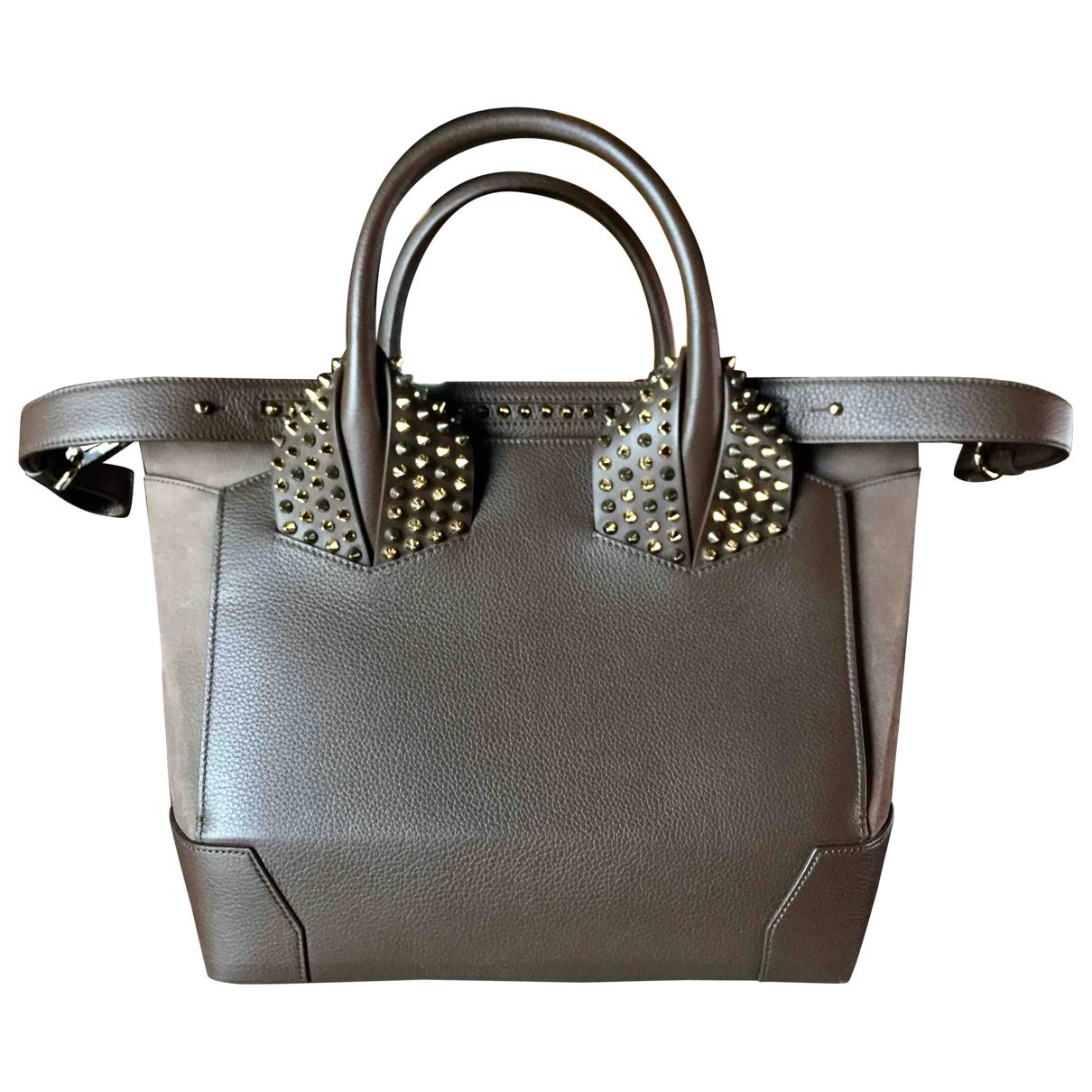 Christian Louboutin Eloise Handtasche in  Braun Leder
