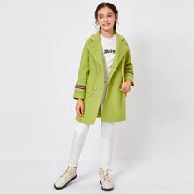 Mantel mit Reverskragen, Streifen und Band Detail
