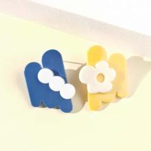 Irregular Flower Decor Stud Earrings