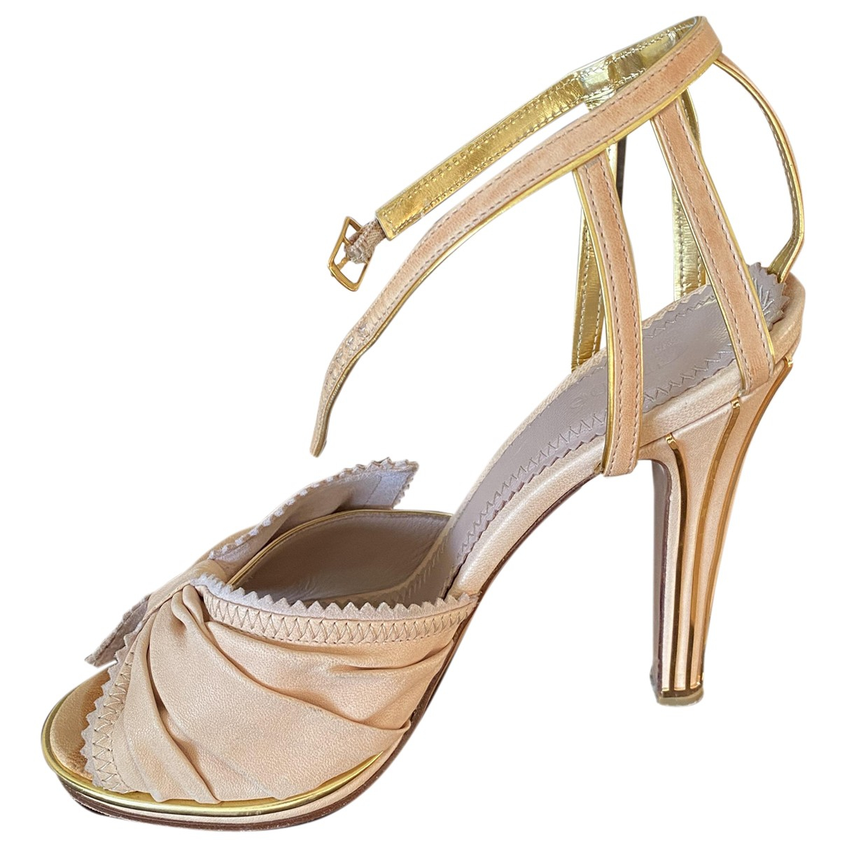 Chloé \N Beige Shearling Sandals for Women 37 EU
