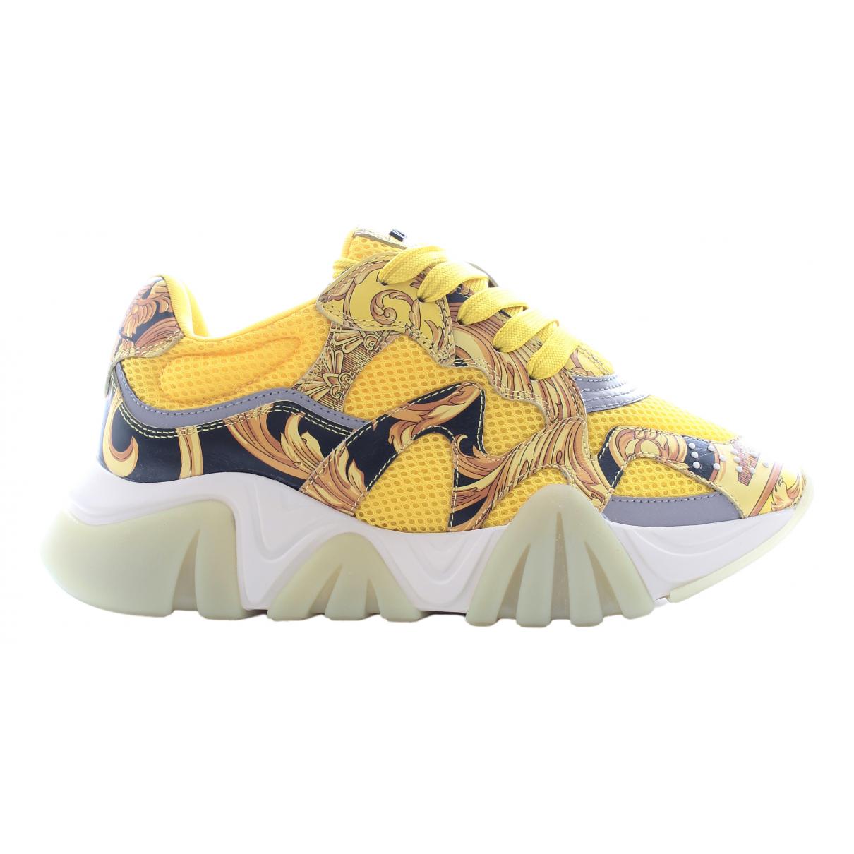 Versace - Baskets   pour femme en cuir - jaune