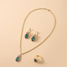 Oval Charm Necklace & Earrings & Ring
