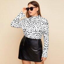 T-Shirt mit Dalmatiner Muster und Stehkragen