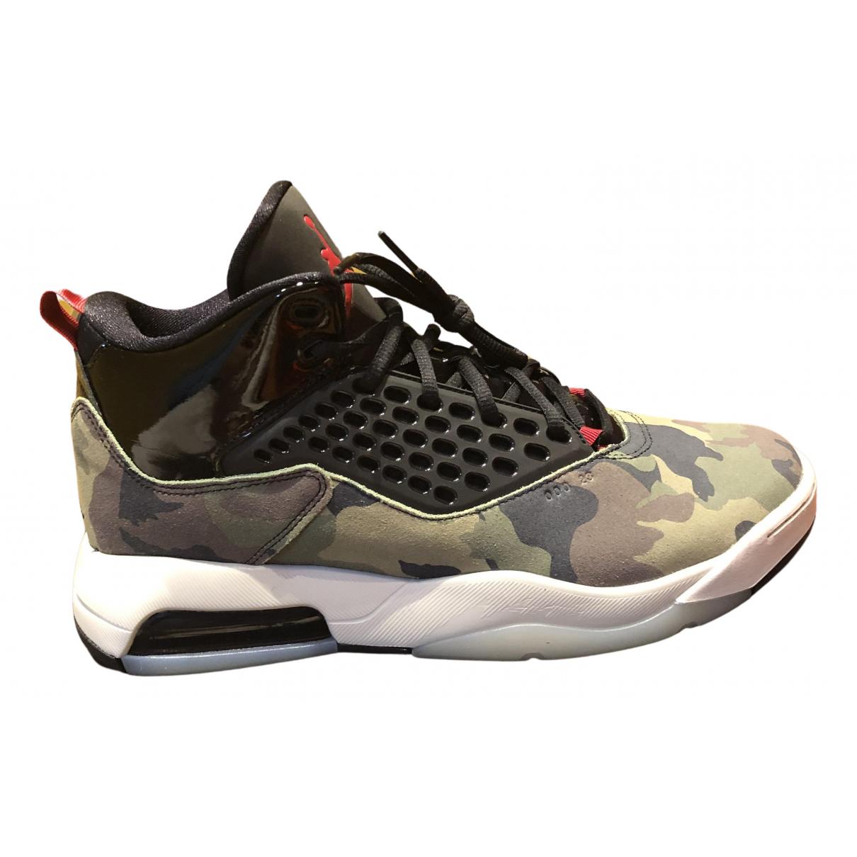 Jordan \N Sneakers in  Khaki Leinen