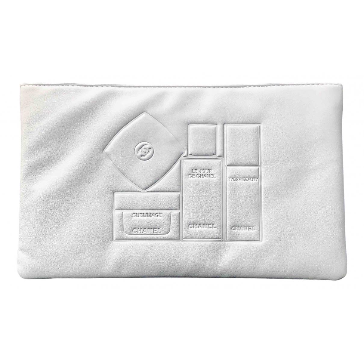 Chanel \N White Clutch bag for Women \N