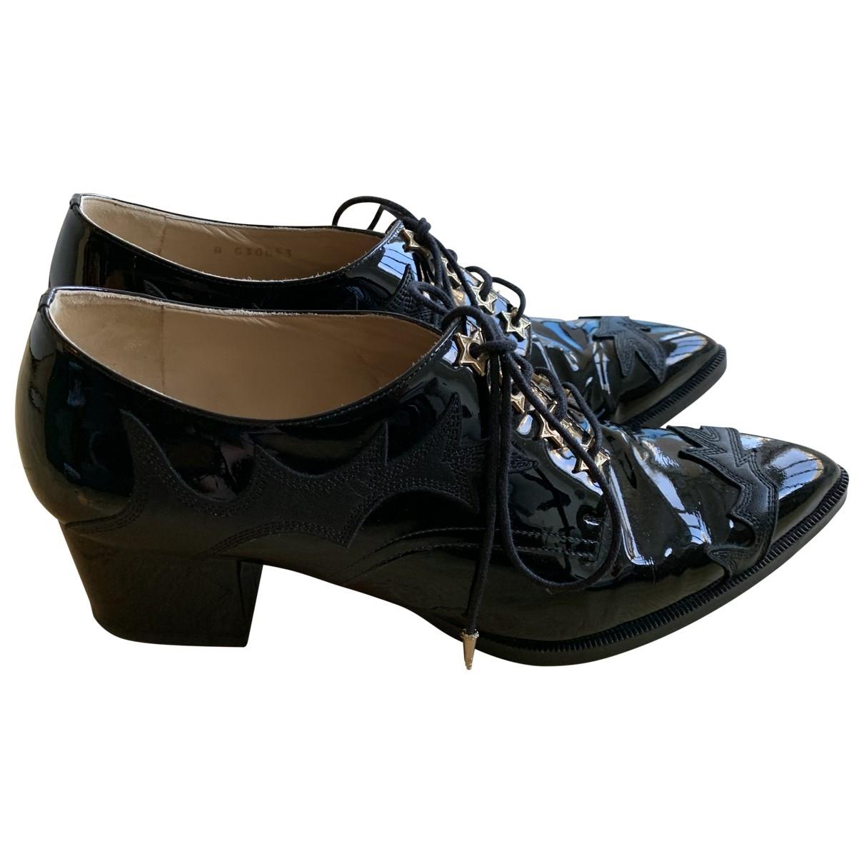 Chanel - Derbies   pour femme en cuir verni - noir