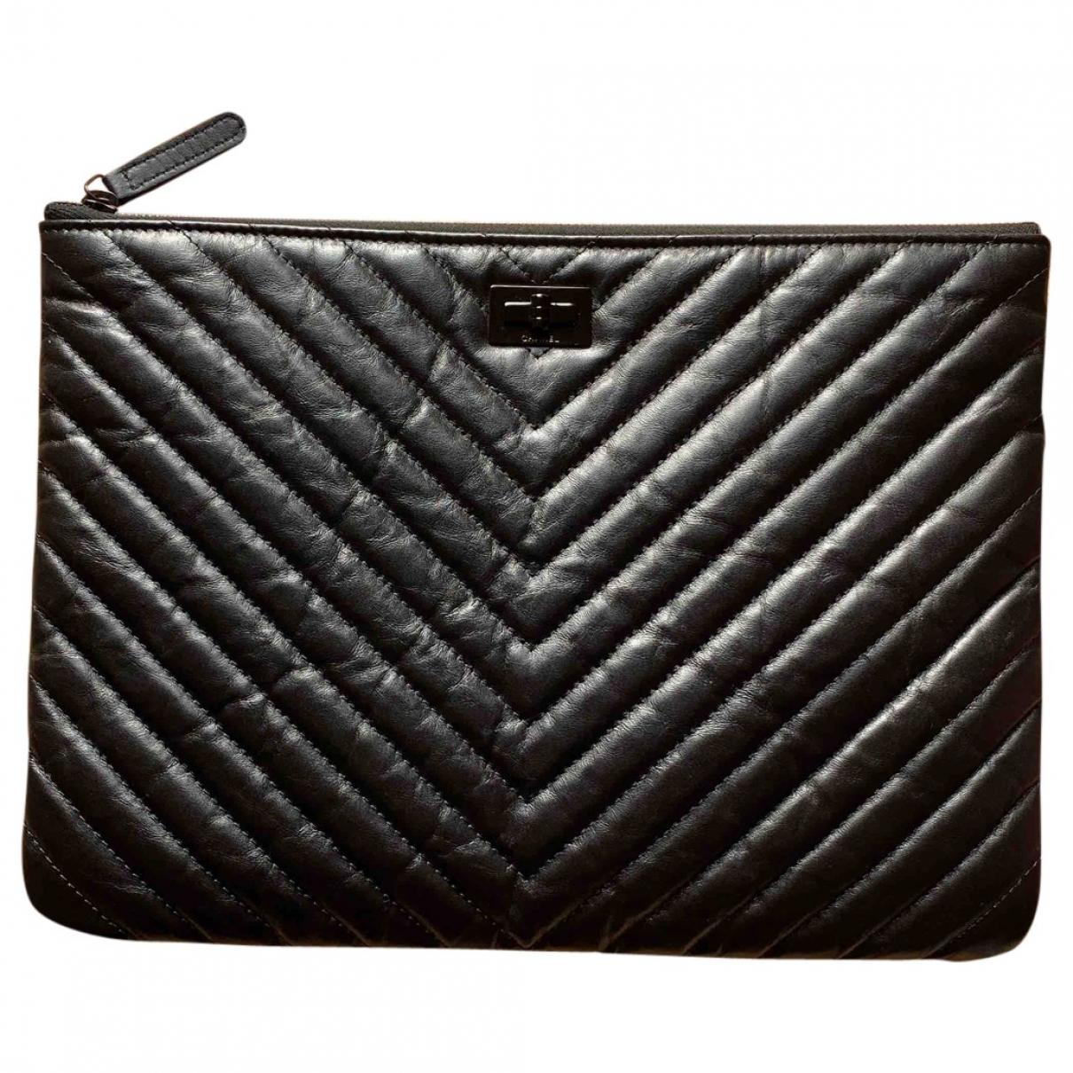 Chanel 2.55 Black Leather Clutch bag for Women \N
