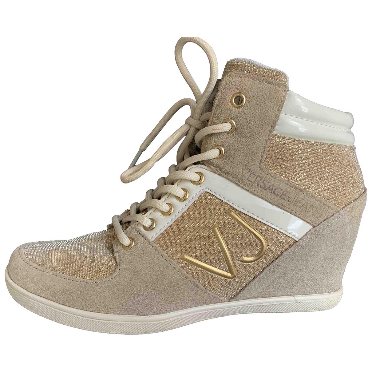Versace Jeans \N Sneakers in  Beige Lackleder