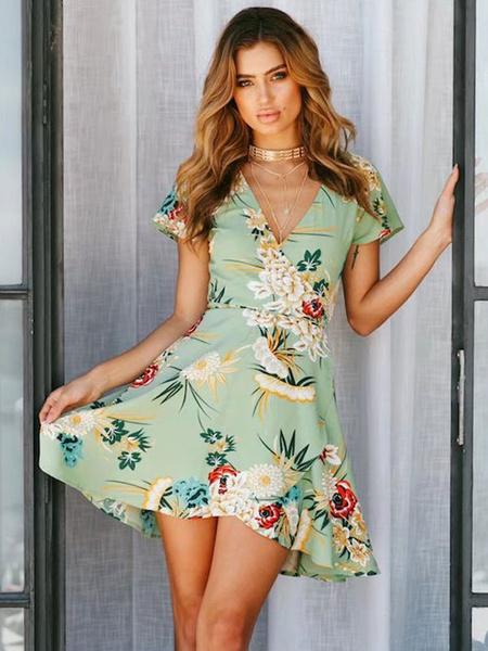 Milanoo Floral Skater Dress V Neck Short Sleeve Green Summer Dress