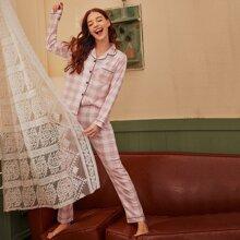 Schlafanzug Set mit Karo Muster und Knopfen vorn
