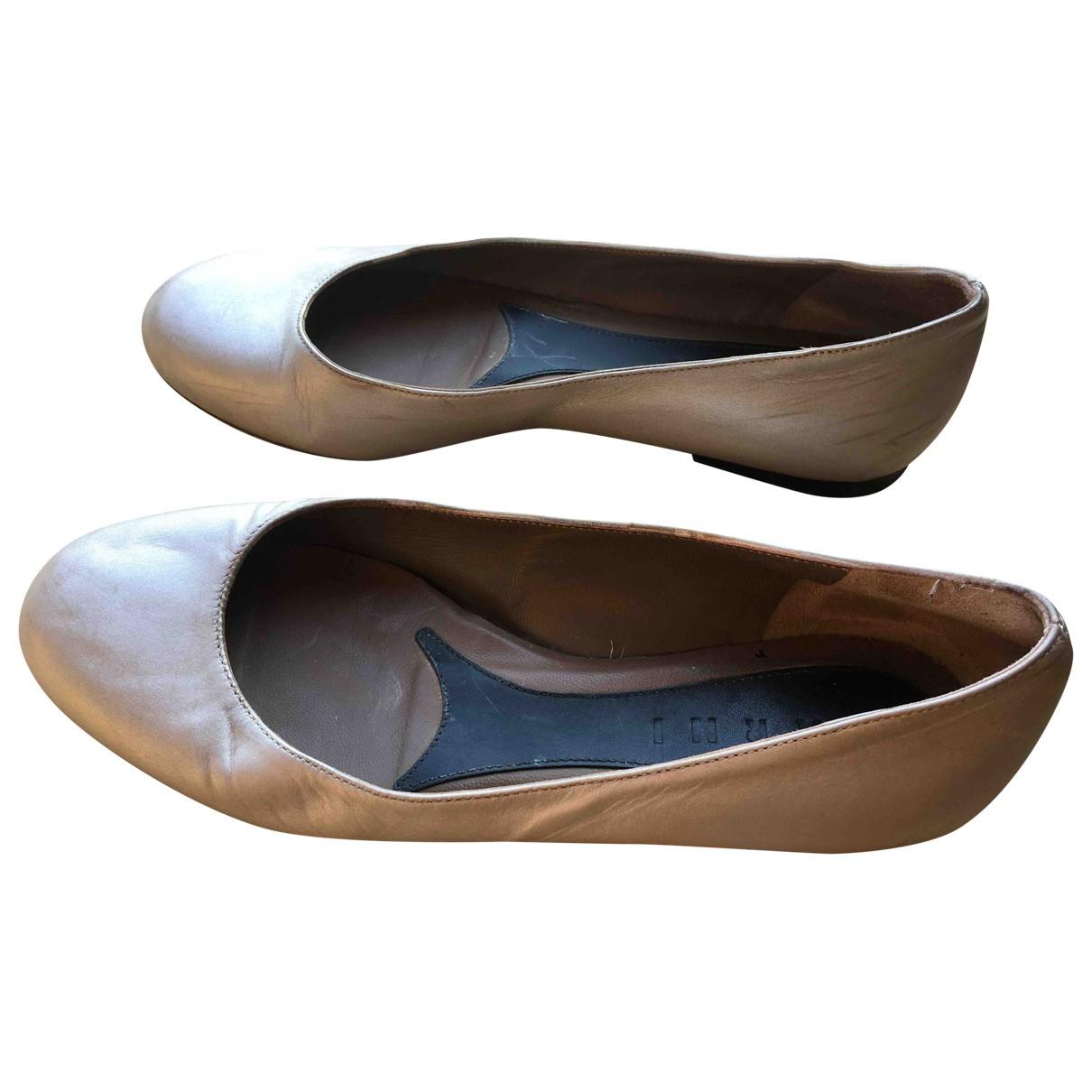 Marni \N Ballerinas in  Gold Leder