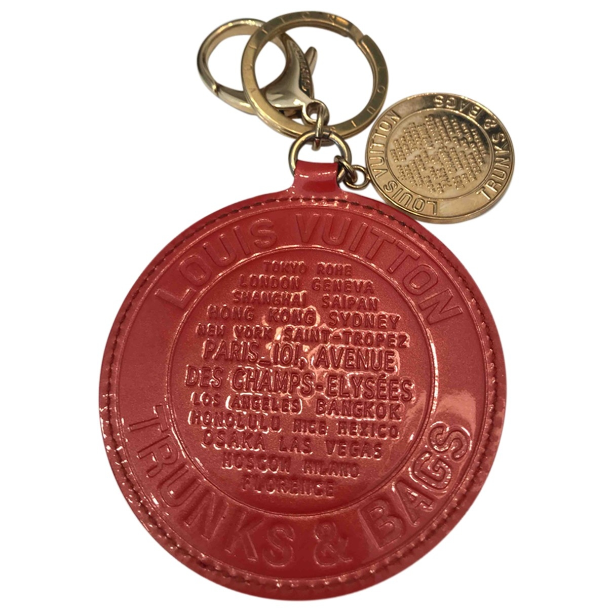 Louis Vuitton \N Red Metal Bag charms for Women \N