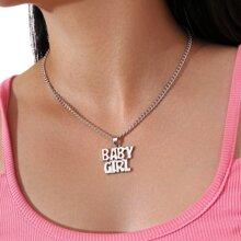 Halskette mit Metall Buchstaben Anhaenger