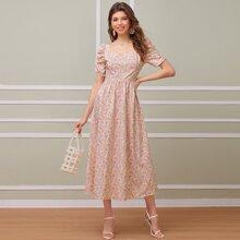 Kleid mit Puffaermeln und Bluemchen Muster