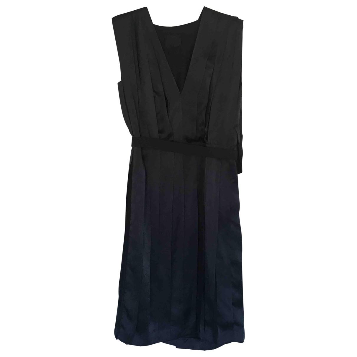 Lanvin \N Kleid in  Gruen Seide