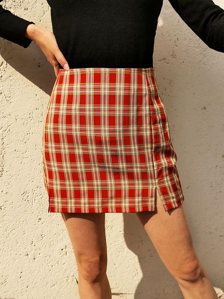 Yoins Red Slit Design Plaid High-Waisted Mini Skirt
