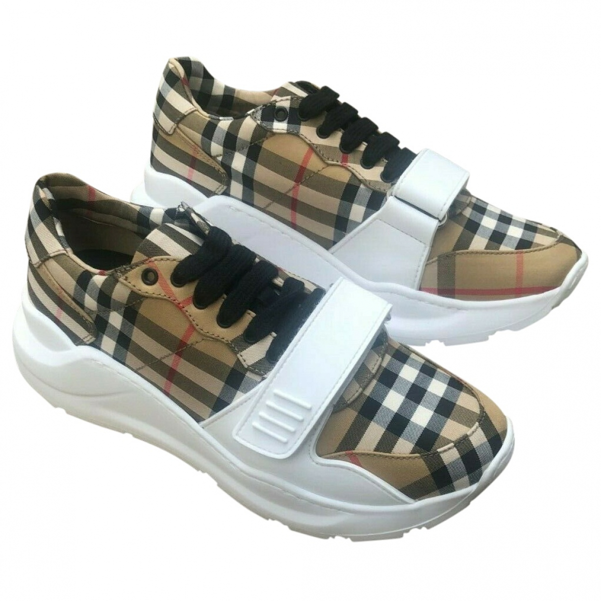 Burberry \N Beige Cloth Trainers for Men 42 EU