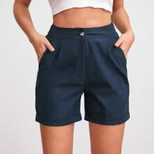 Shorts mit Reissverschluss, schraegen Taschen und Falten