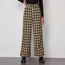 Hose mit seitlichen Taschen, Karo Muster und breitem Beinschnitt