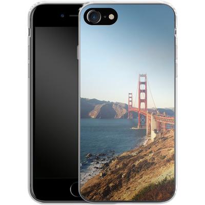Apple iPhone 8 Silikon Handyhuelle - Golden Gate Galore von Omid Scheybani