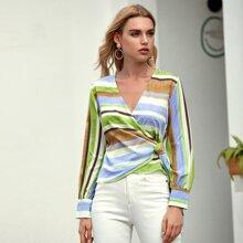Bluse mit Streifen, seitlichem Band und Wickel Design