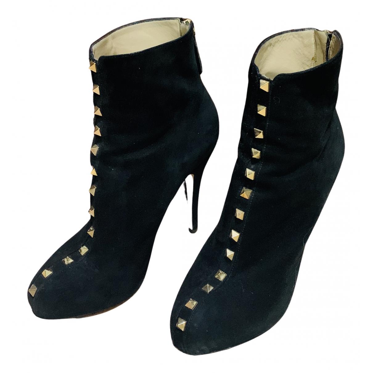Valentino Garavani Rockstud Black Suede Ankle boots for Women 38 EU