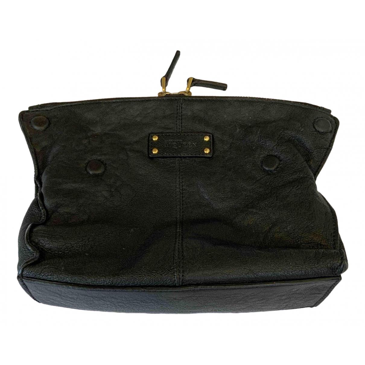 Alexander Mcqueen Manta Black Leather Clutch bag for Women \N