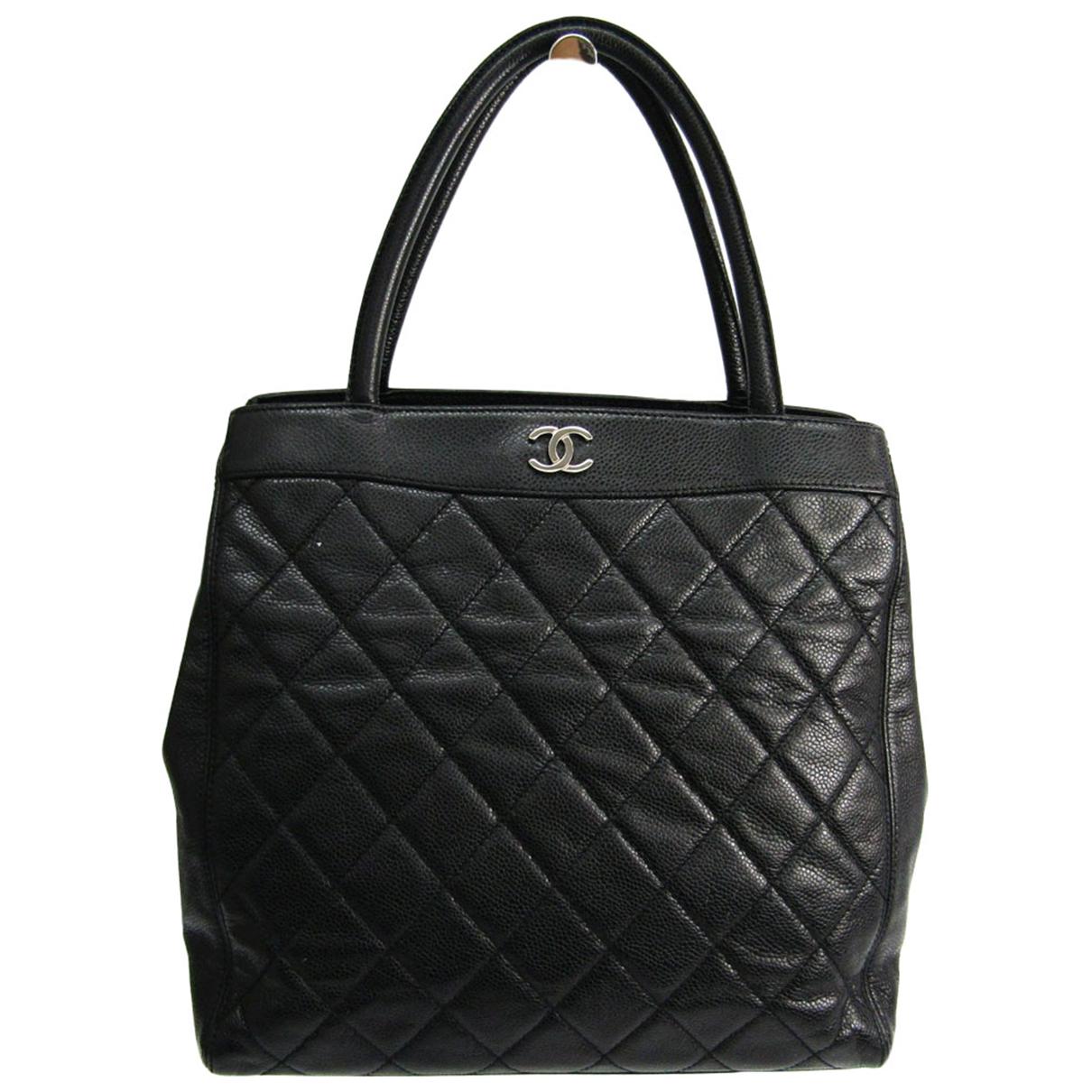 Chanel \N Handtasche in  Schwarz Leder