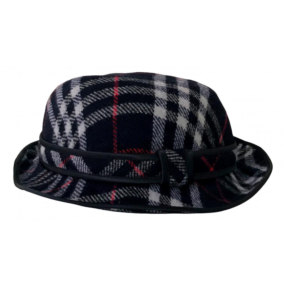 Burberry N Navy Wool hat for Women M International